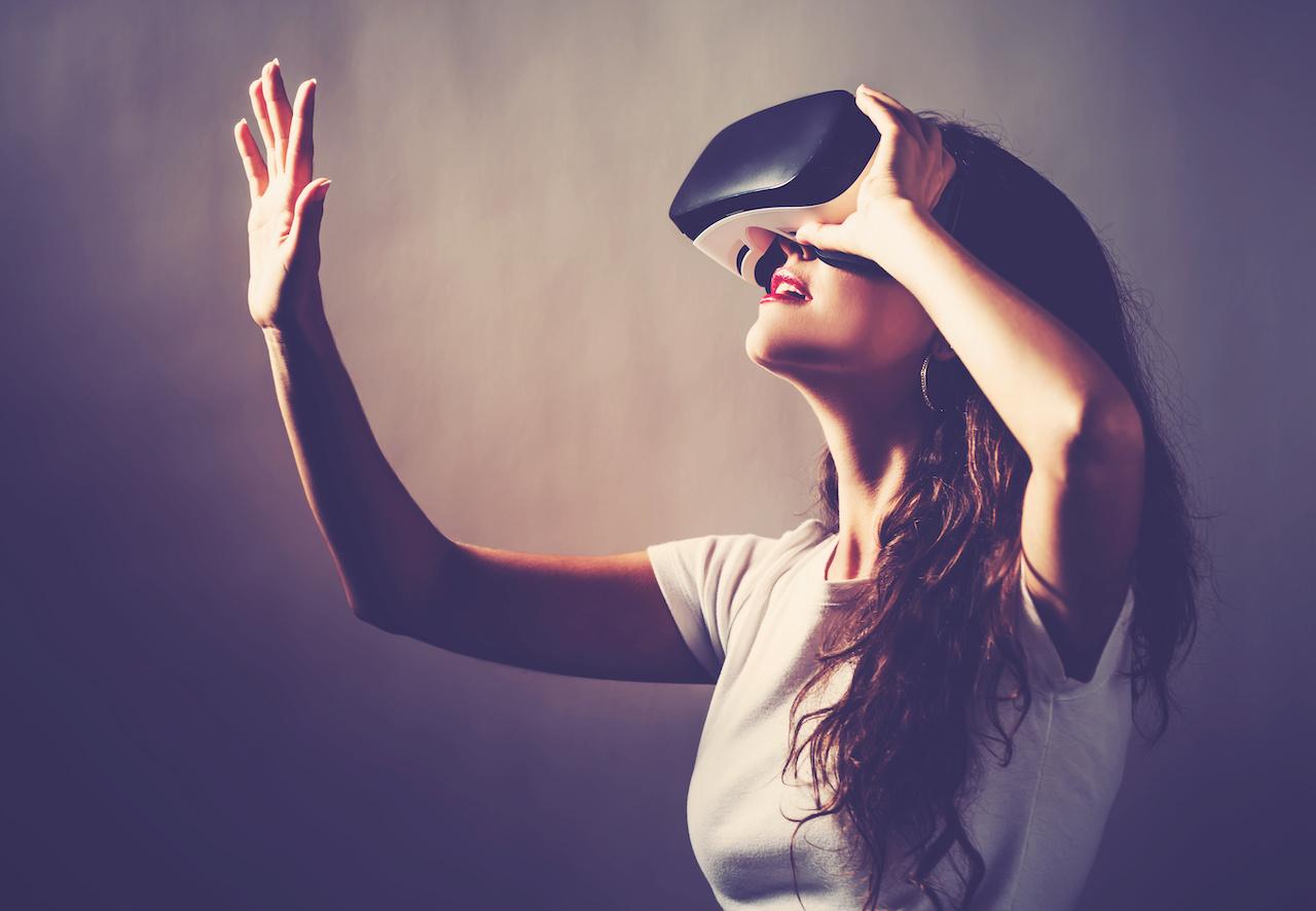 Virtual Reality lady